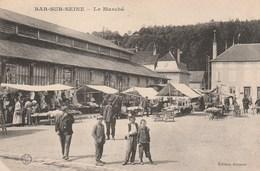BAR SUR SEINE - LE MARCHE - SUPERBE CARTE TRES TRES ANIMEE - NOMBREUX EXPOSANTS - TOP !!! - Bar-sur-Seine