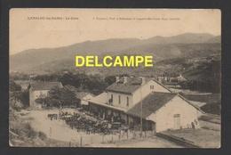 DF / TRANSPORTS / CHEMINS DE FER / LAMALOU-LES-BAINS / LA GARE ET LES VOITURES HIPPOMOBILMES / CIRCULÉE EN 1904 - Bahnhöfe Ohne Züge