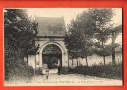 EAL-35  Berthonval-Bois Des Alleux-Bray  Ecole D'Agriculture, La Porte D'entrée.  Circulé En 1915 Sous Enveloppe, Milit. - France