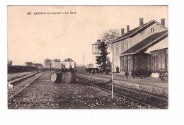 Train Gare Laissac Aveyron Cpa Animée Chemin De Fer Wagon Marchandise - Gares - Avec Trains