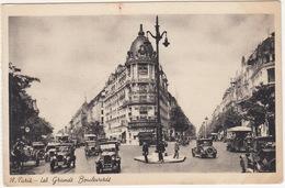 Paris: PEUGEOT 183 C, RENAULT 6CV NN & TN AUTOBUS, TACOTS, OLDTIMER CARS - Les Grands Boulevards - Toerisme