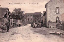 CPA 70 MIGNAVILLERS La Grande Rue Animée - France