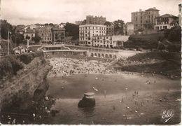 BIARRITZ - Vue D'ensemble De La Plage Du Port Vieux - Elcé 10489 - écrite Et Voyagée 1956 - Tbe - Biarritz