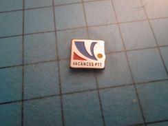 Pin316a Pin's Pins / VACANCES PTT (toute L'année ?)   ;   Belle Qualité !!!   Marquage Au Dos : --- - Mail Services