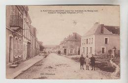 CPSM MAUVES SUR HUISNE (Orne) - Vue Intérieure Du Bourg (sud) Postes Télégraphes Téléphones - France
