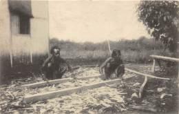 TIMOR / Carpinteiros Indigenas - Timor Oriental