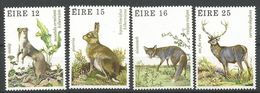 Irlande 1980 424-27 ** Animaux Hermine Lièvre Renard Cerf - 1949-... Republic Of Ireland
