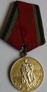 Medalla 1945-1965. 20 Aniversario 2ª Guerra Mundial. URSS. Rusia Comunista - Rusia