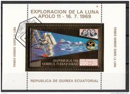 Bf. 59 Guinea Equatoriale 1973 Apollo 11 Gold Art Sheet Astronauti Armstrong Collins Aldrin Perf. - Guinée Equatoriale