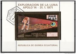 Bf. 62 Guinea Equatoriale 1973 Apollo 14 Gold Art Sheet Astronauti Shepard Roosa Mitchell Perf. - Guinée Equatoriale