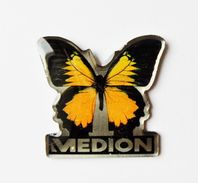 Pin's Papillon Medion - A0 - Pins