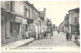CP 263  CPA De Montreuil-Bellay (49) La Rue Nationale - Montreuil Bellay