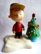 FIGURINE PMI CHARLIE BROWN NOEL PEANUTS - Snoopy