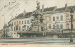 BE BRUXELLES  / La Fontaine De Brouckère  /  BELLE CARTE COULEUR - Belgium