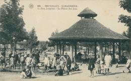 BE BRUXELLES  /  Schaerbeek  Au Parc Josaphat La Plaine Des Jeux / - Belgium