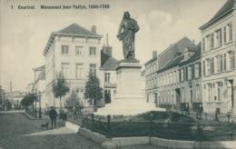 BE  COURTRAI   / Buste De Louis Robbe Et Rue Léopold / - Kortrijk