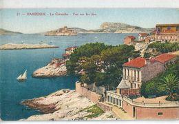 MARSEILLE   ( 13 )   La  Corniche   -   Vue  Sur  Les  Iles .   % - Endoume, Roucas, Corniche, Plages