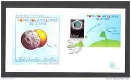 Ndv289Afb E289A ASTROLGIE ZONSVERDUISTERING SOLAR ECLIPSE PLANETS HOLOGRAM ASTROLOGY SUN NEDERLANDSE ANTILLEN 1998 FDC - Astrologie