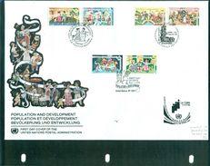 O N U . FDC : NY 663/64 GENEVE 274/75 VIENNE 194/95 (thème ,enfants ...) Ttb . - Collections, Lots & Séries