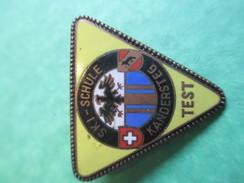Insigne à épingle/Sports/Ski/ Ecole De Ski / Kandersteg/Suisse / Années 70-80   SPO144 - Sports D'hiver