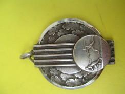 Médaille Pendentif/Sports/Athlétisme/ Course à Pied Relais/ Années 50            SPO155 - Athletics