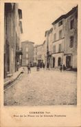 Var, Correns, Rue De La Place Ou La Grande Fontaine     (bon Etat) - Frankrijk