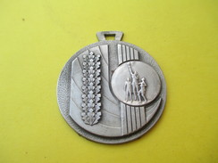 Médaille Pendentif/Sports/Basket / Vers 1960           SPO163 - Other