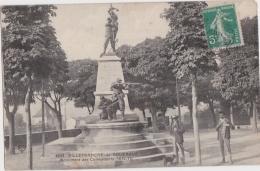 Bg - Cpa VILLEFRANCHE De ROUERGUE - Monument Des Combattants - Villefranche De Rouergue