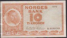 1972  NORGES BANK 10 Ti KRONER NOTE IN A NICE CRISP GRADE. - Norvegia