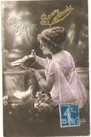 Bonne Année - Femme Et Colombe -  écrite TTB - Neujahr