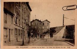 Malakoff – Avenue De La Paix – Le Pont Du Chemin De Fer - Malakoff