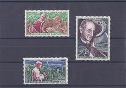 DAHOMEY .YT  PA  43/45  Neuf **  S.S. Paul VI. Appel En Faveur De La Paix - Benin – Dahomey (1960-...)