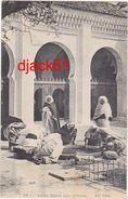 Algérie / Arabes Faisant Leurs Ablutions - ORAN - 1920 - Algérie