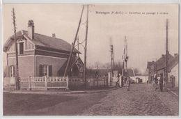 DOURGES - Carrefour Au Passage à Niveau - Other Municipalities