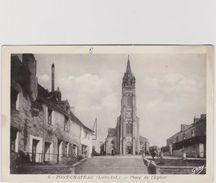 Loire  Atlantique :  PONT  CHATEAU  : Place De L  église - Pontchâteau