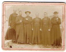 Photo Ancienne D'un Groupe De Prêtres Ou éclésiastiques à Ste MARIE D'ALVEY En Savoie En 1913 - Identifizierten Personen