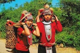 Thaï Hill Tribe (Ekoh) Carrying Their Produce To The Market, North Thaïlande - Thaïlande