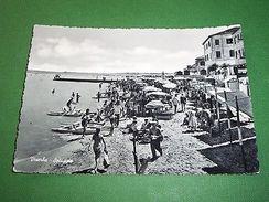 Cartolina Viserba ( Rimini ) - Spiaggia 1956 - Rimini