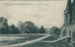 BE FLORENNES   / Collège Saint Jean Berchmans  Cours De Récréation / - Florennes