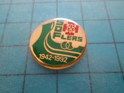 Pin813c Pin's Pins / ASSOCIATIONS : DRAKKAR SCOUTS DE FRANCE FLERS ORNE 1942 1992 Rare Et De Belle Qualité !!! - Associations