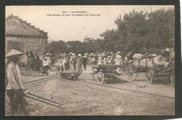 241 - HAIPHONG. - Les Docks Un Jour De Départ Du Courrier - Vietnam