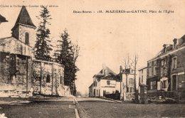V11087 Cpa 79 Mazières En Gatine - Place De L'Eglise - Mazieres En Gatine
