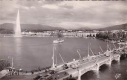 Switzerland Geneve Pont du Mont-Blanc Le Jet d'eau et la Rade Ph