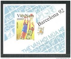 Vietnam Viet Nam MNH Imperf Souvenir Sheet 1992 :Summer Olympic Games Barcelona / Basketball (Ms639B) - Vietnam