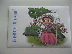 St.Vincent & The Grenadines Betty Boop - Dolls