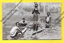 CPSM  Afrique CONGO Enfants Noirs Recoltant Le Caoutchouc ( Missions ) - Congo - Brazzaville