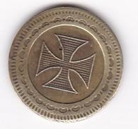 JETON 10 Centimes  à Consommer CROIX DE MALTE,  Jeu De Comptoir , Machine à Sous ,necessité  2 Scans - Monétaires / De Nécessité
