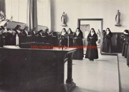 Zusters Tijdens 't Breviergebed - Karmel - Leopoldsburg - Leopoldsburg