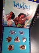 7 Feves  Série Complete VAIANA Disney Heihei Maui Et Pua + Coffret Collector Voir Photos - Disney