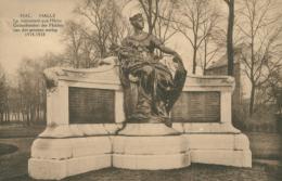 BE HALLE    / Le Monument Aux Héros / - Halle